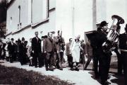 1979 Einzug in Kirche